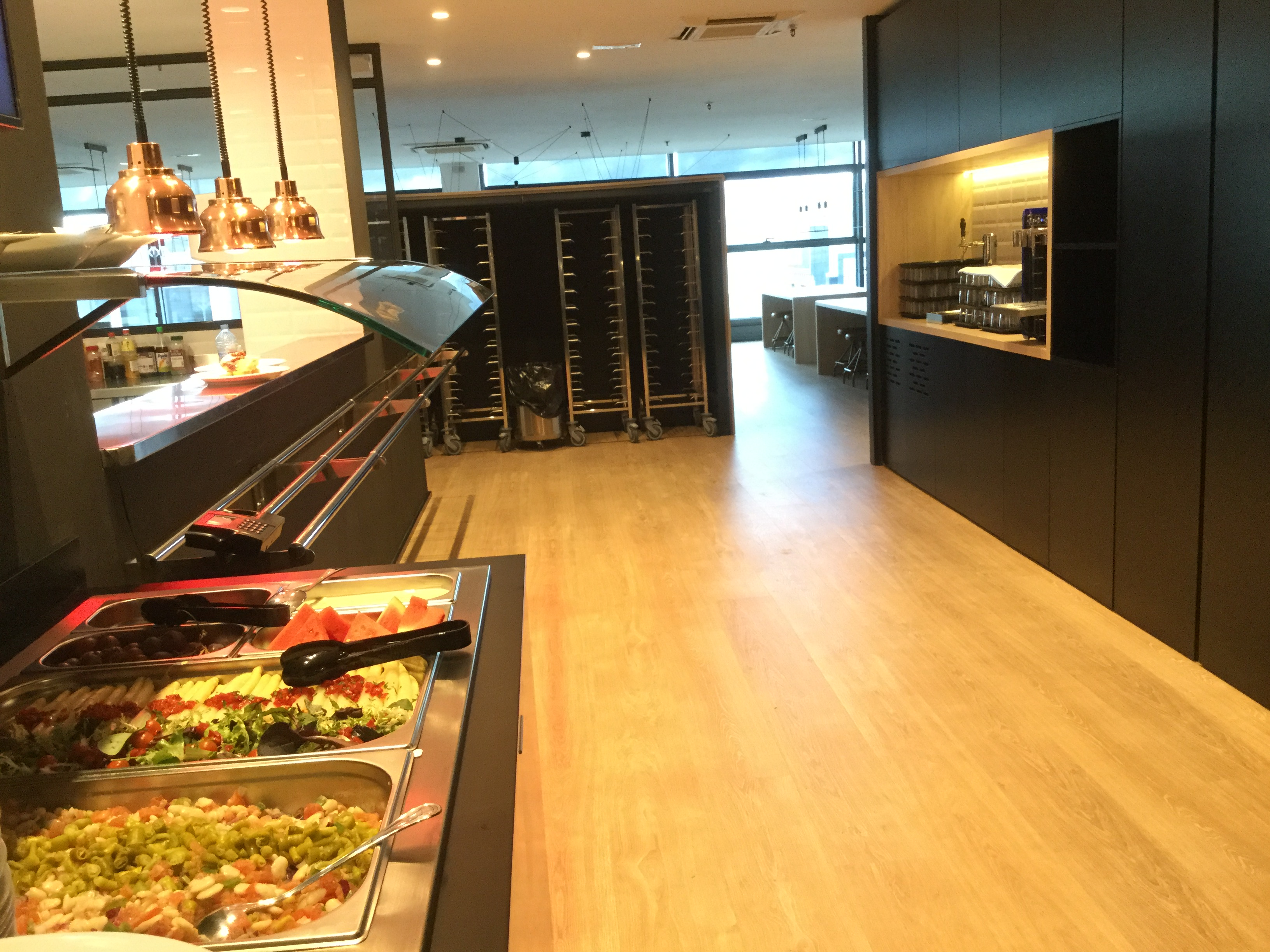 We open kitchen and buffet restaurant at the Palma headquarters